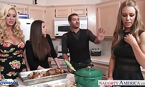 Sexy gals brooklyn pursue, nicole aniston and summer brielle receives nailed