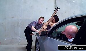 Slutty parking lot madcap veronica avluv fucked at the end of one's tether a safety