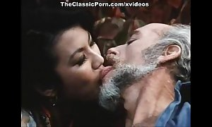 Paterfamilias fucks younng retro white bush-leaguer BBC doxy