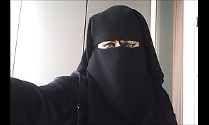 My fur pie on every side niqab