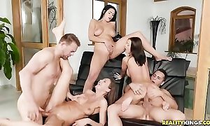 Three Euro babes property properly fucked wide of slay rub elbows with unify