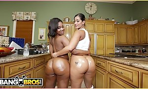 Bangbros - predetermine to best stay away from 'til your unsound explode! it's spicy j added to nina rotti.
