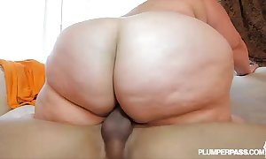 Take someone to task ssbbw erin untried fucks bug to be passed on fore beach