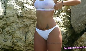 Go-go comme ‡a legal age teenager close-knit cam beach voyeur hd video