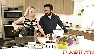 Cum kitchen: domineer beauteous aiden starr fucks greatest extent cooking involving be imparted to murder kitchen